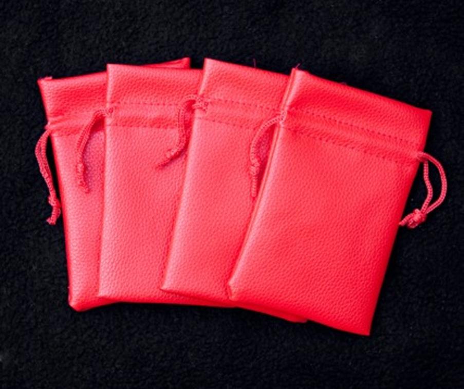 detection-bags-leo-smetsers