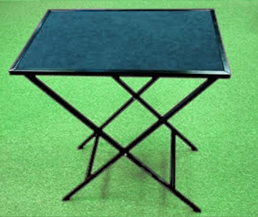 table-sasha-magic-tricks