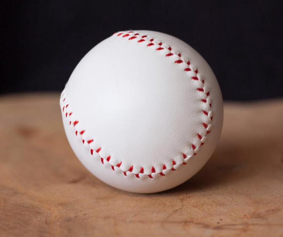 final-load-ball-white-2